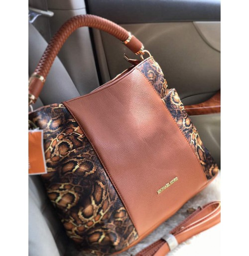 IMPORTED MICHAEL KORS HOBO HAND BAG LATEST !